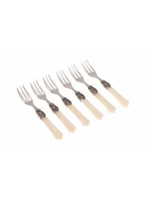 Vittoria cake fork ivory