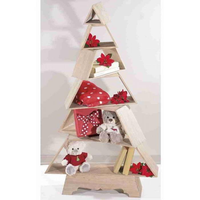 Moderner Weihnachtsbaum.Moderner Weihnachtsbaum Im Naturholz Und In Den Regalen