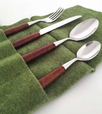 Posate 4 Pezzi Kadir in Legno radica di noce confezionato in portaposate in feltro verde - Rivadossi Sandro