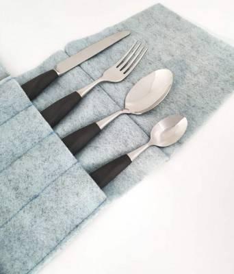Couverts en grès cérame noir - vaisselle 4 pièces avec plateau à couverts bleu - Rivadossi Sandro
